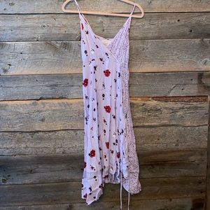 URBAN OUTFITTERS floral maxi wrap dress💗